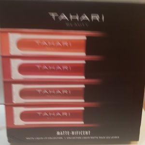 TAHARI 4 Pcs Matte-Nificent Liquid Lip Collection